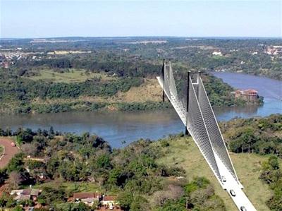 Aspiran que en agenda de Marito esté la construcción del segundo puente con Brasil