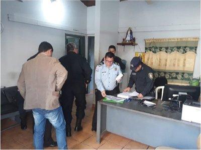 Detienen a comisario y suboficiales por supuesta extorsión a brasileño