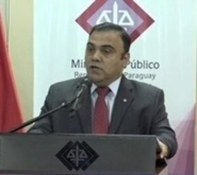 Díaz Verón pone condiciones para entregarse a la Justicia