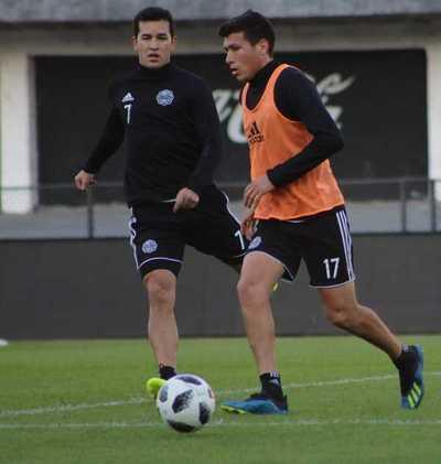 Olimpia con plantel completo para enfrentar a Cerro Porteño