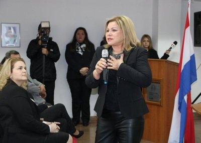 Ministra se centrará en mujeres rurales e indígenas