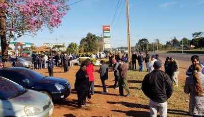 Yguazúenses se manifestaron para exigir que se mejore trazado de ruta