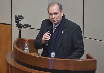 Ferreiro presentó 31 proyectos a desarrollar con el nuevo Gobierno
