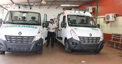Imputadas donan ambulancias al Hospital Regional como reparación del daño social