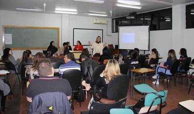 Estudiantes de la UNE apoyan a juzgados penales