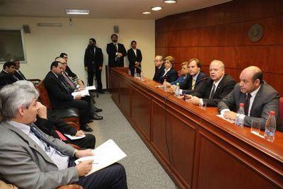 Autoridades judiciales con ministros del Ejecutivo