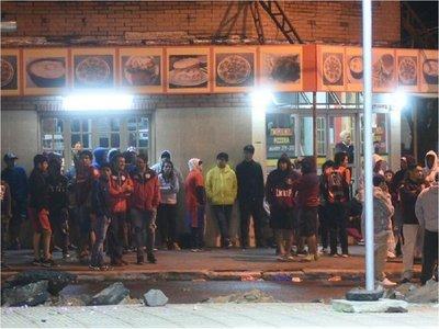 13 aprehendidos tras incidentes entre hinchas de Cerro