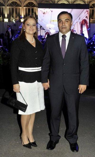 Jueces citan a Díaz Verón y su esposa para decidir si decretan o no la prisión