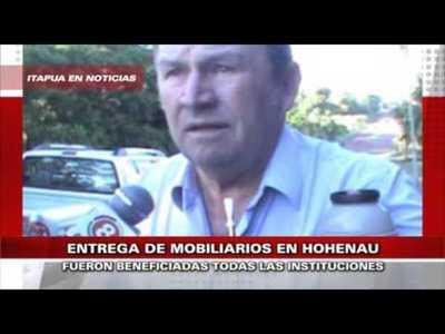 MESAS CON SILLAS FUERON ENTREGADAS A ESCUELAS DE HOHENAU