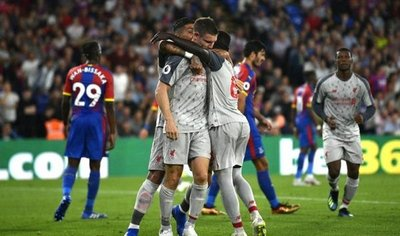 Liverpool vence al Crystal Palace y mantiene el pleno de victorias