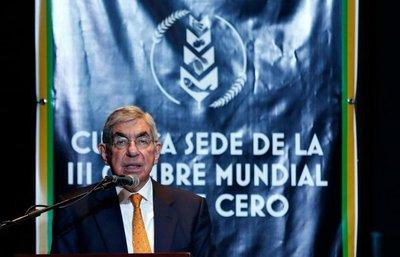 Fiscalía de Costa Rica acusa de prevaricato al expresidente Oscar Arias