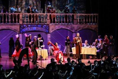 Rigoletto canta en el BCP