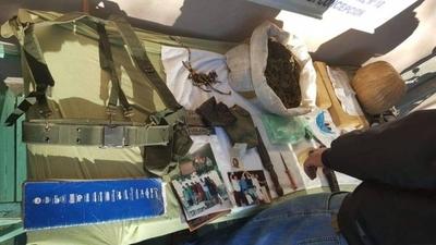 """HOY / Incautan droga, armas y fotos de """"el Che"""" en Horqueta: ¿admiración o vínculos con EPP?"""