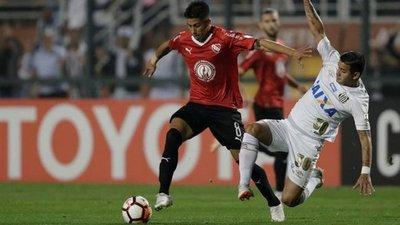 Independiente avanza con incidentado final