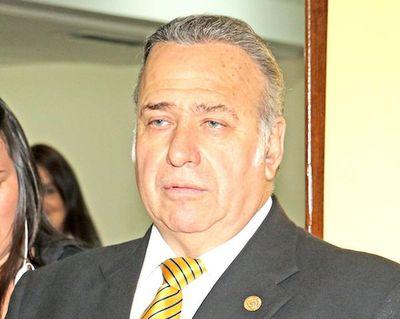 González Daher renuncia hoy