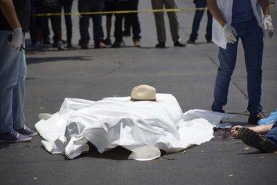 Matan a balazos a periodista mexicano