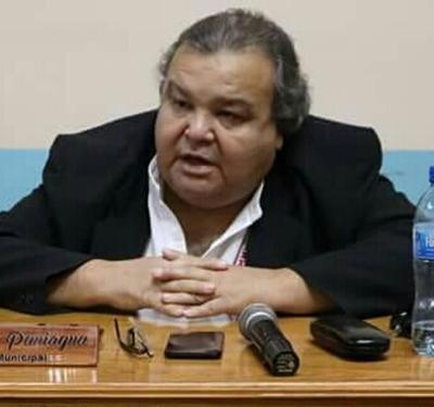 Querella por difamación: acusado aun no reunió valor para enfrentar juicio