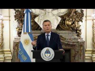 Macri: ''La devaluación va a generar más pobreza''