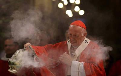 Chile triplica investigaciones por abuso de obispos y sacerdotes