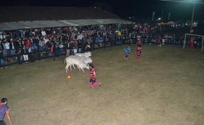 El fútbol boi impactó de nuevo en la Expo Norte