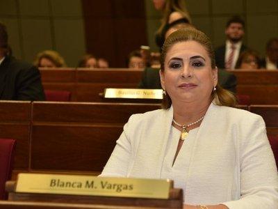 Sumarian a diputada por planillerismo en el MEC