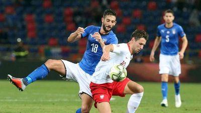 Italia sufre para empatar ante Polonia, Rusia vence en Turquía