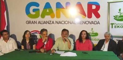 Aldo Lezcano inscribe su candidatura para gobernador de Paraguarí