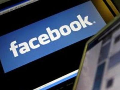 Primera dimisión de ejecutivo de Facebook tras escándalo de datos