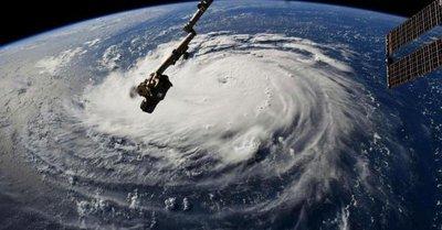 Huracán Florence: Ordenan evacuación en Carolina del Sur