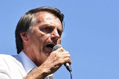 Sondeo: Bolsonaro mantiene liderazgo, se acerca Gomes y Marina queda tercera