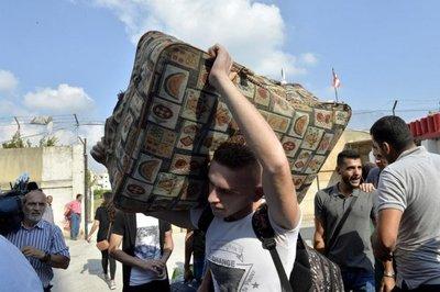 Más de 30.000 desplazados en Siria por bombardeos contra Idlib