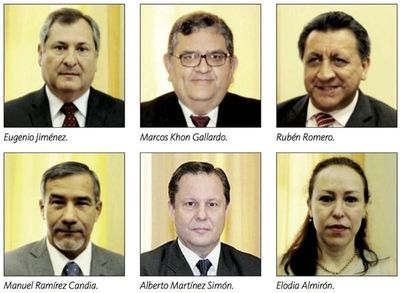 El CM dio a conocer ternas de candidatos a cargos de ministro