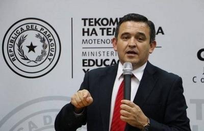 HOY / Antecesor de Petta lo destroza por el 'show' de los 1.200 planilleros
