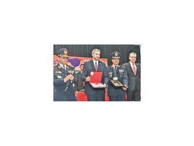 Ejecutivo reafirma su   plan de lucha  contra el crimen organizado