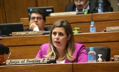 HOY /  Desilusión por postura de Katya sobre legisladores acusados de  implicarse con narcos y corruptos