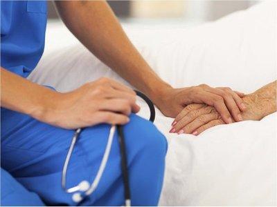 Cuidados paliativos, una forma de evitar el sufrimiento del paciente