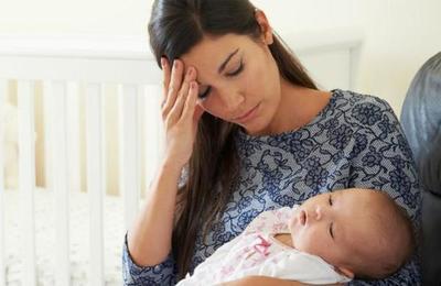 La ciencia dice que cuidar de los hijos cansa más que trabajar