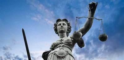 Condenan a mujer por estafar a su hermana