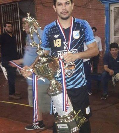 Acosta es campeón en la División Oro