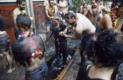 """Patoteros universitarios, torturan a estudiantes en """"bautismos de ingreso"""""""