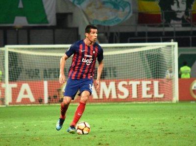 Víctor Cáceres, cada vez mejor