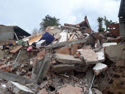 CDE: edificio se derrumbó vaikuépe