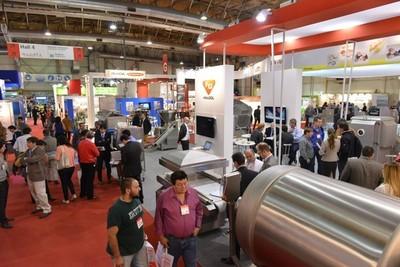 Industriales de la carne visitan en Argentina la feria Tecno Fidta en busca de nuevas tecnologías