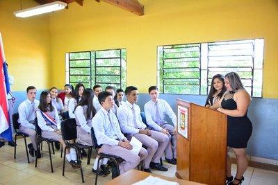 Alumnos del CEM obtienen varias medallas en concurso de matemáticas