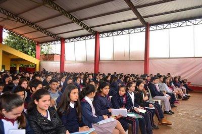 Alumnos del CEM obtienen buen resultado en concurso de matemáticas