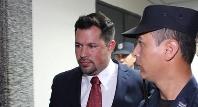 """Quintana culpa a """"la familia que maneja el poder"""" en el este"""