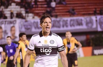 Roque firmó contrato con Olimpia hasta el 2019