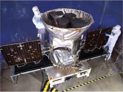 Telescopio de la NASA descubre 2 nuevos planetas