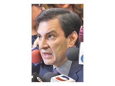 """Silvio Ovelar: """"Los favores políticos se dan en todo el mundo"""""""
