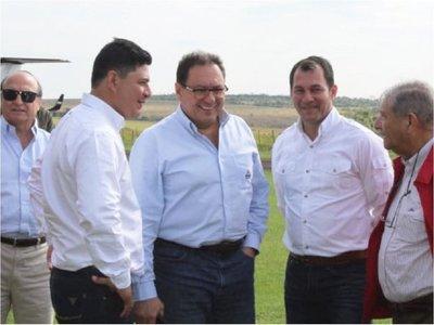 Marito lanza  programa de agricultura y comparte escenario con  Ibáñez